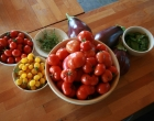 tomatoes-vegetables-harvest-aubergines-thyme